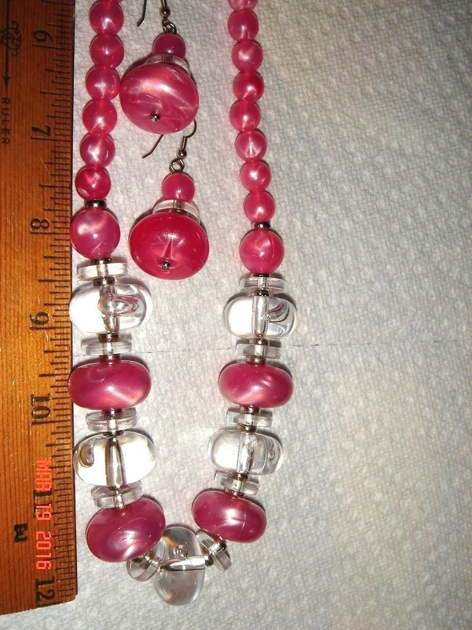 VTG ATOMIC PINK MOONGLOW LUCITE NECKLACE COIL BRACELET DANGLE DROP EARRING LOT 3