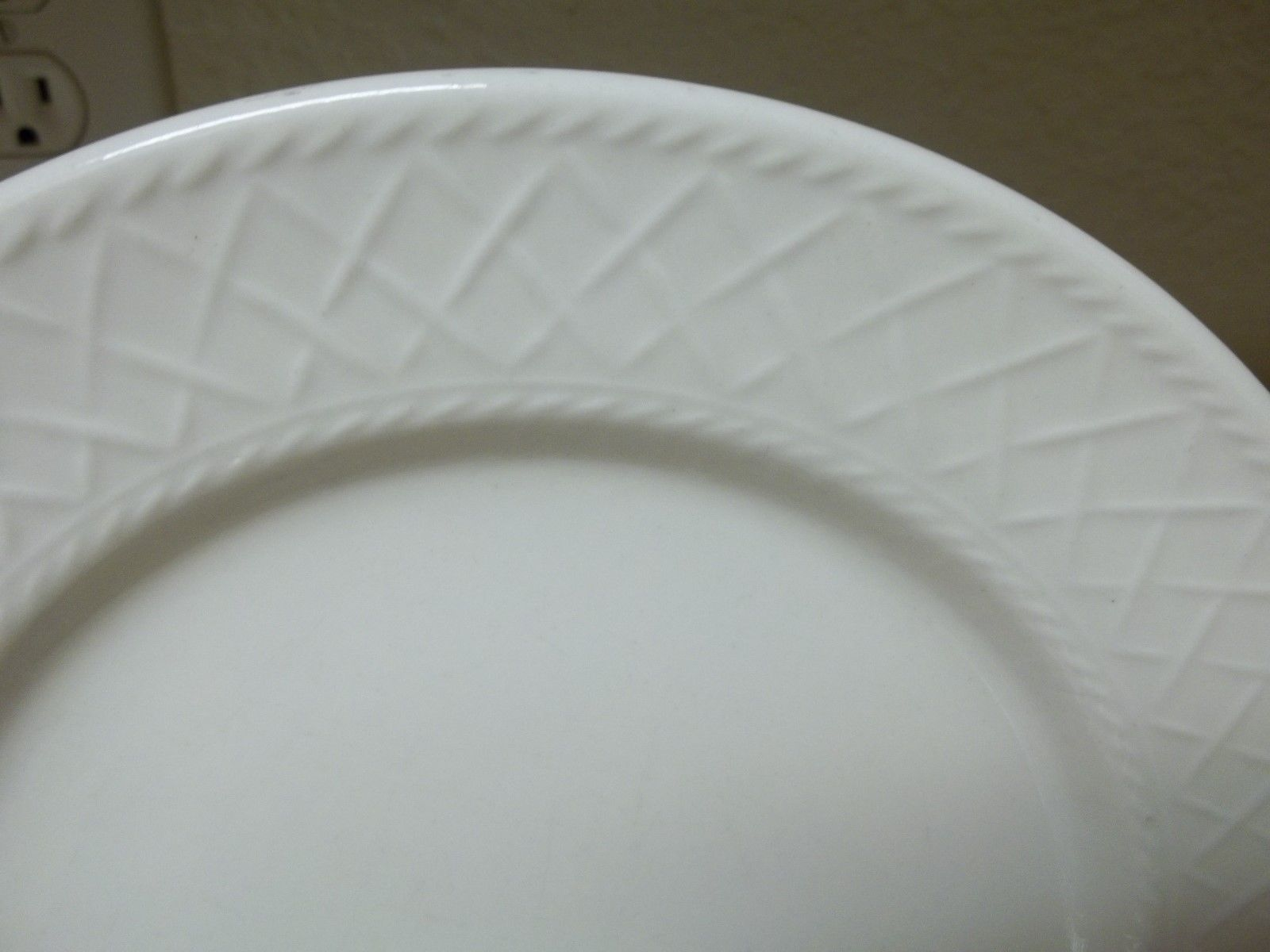 ... Totally Today Stoneware Embossed White Lattice Rope 16 Pc Set Plates Bowls Cups ... & Totally Today Stoneware Embossed White and 50 similar items