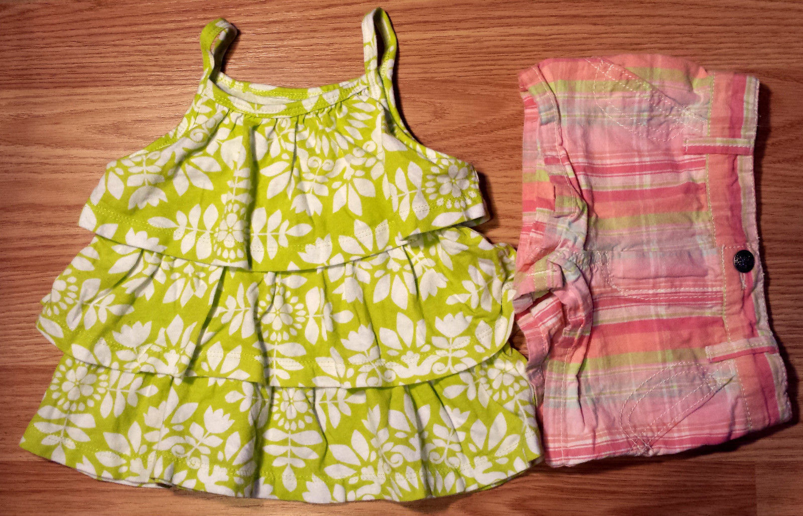 Primary image for Girl's Size 12-18 M Months Two Piece Green Floral Carter's Top & Cherokee Shorts
