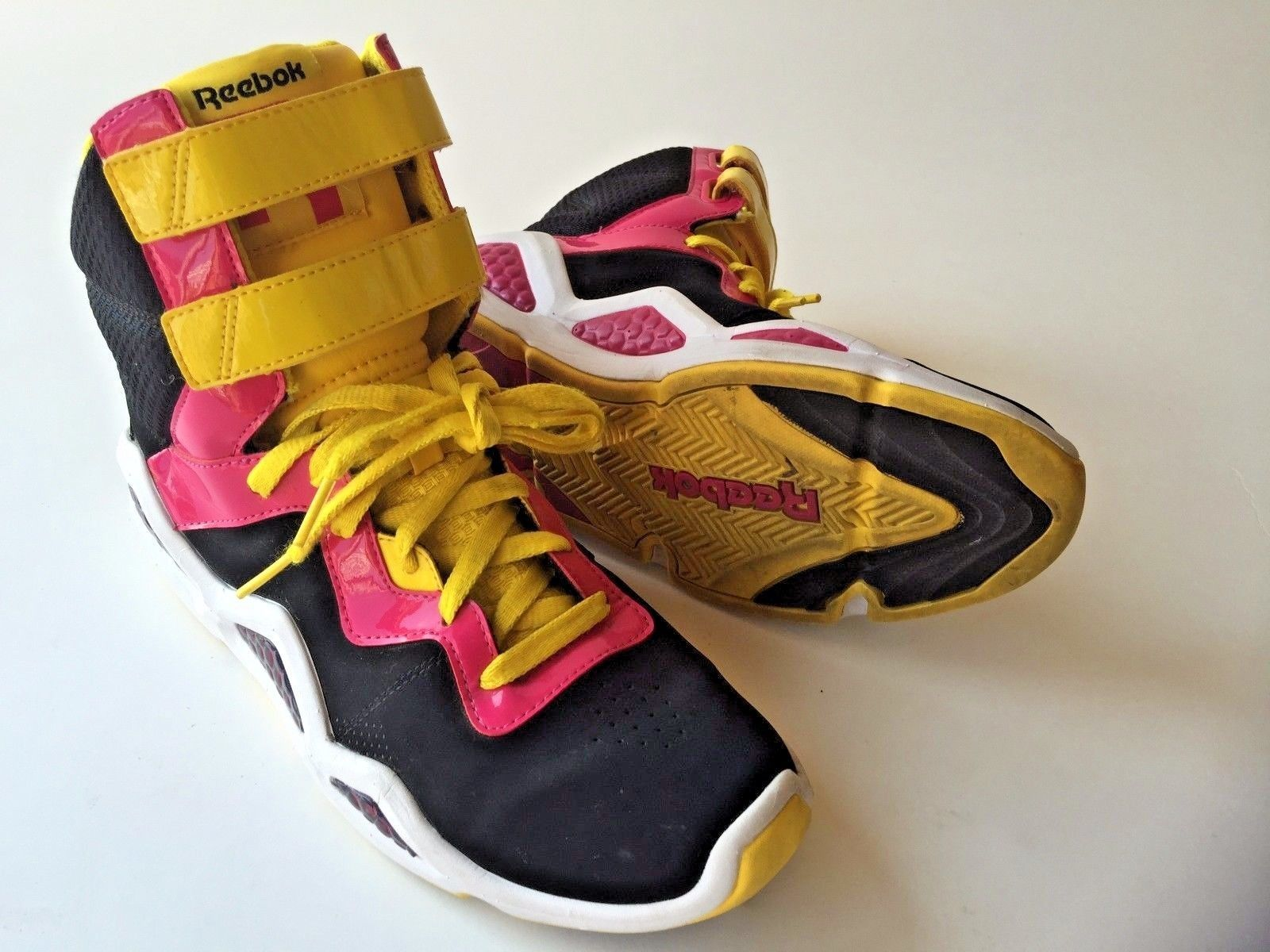 Reebok Hexalite Chi-Kaze Athletic Boots Women 9.5 Black/Pink/Yellow Excellent - $77.99