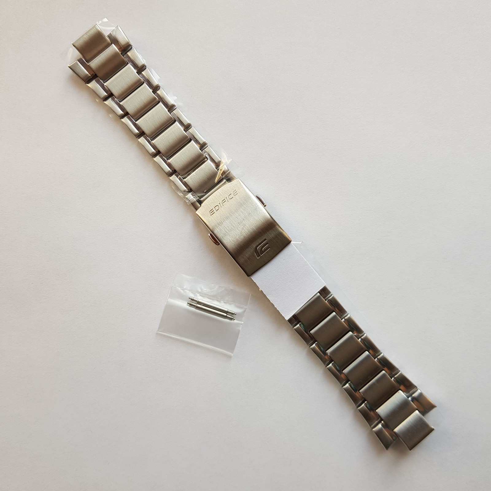 Primary image for Genuine Replacement Watch Band 16mm Stainless Steel Bracelet Casio EFR-519D-1A