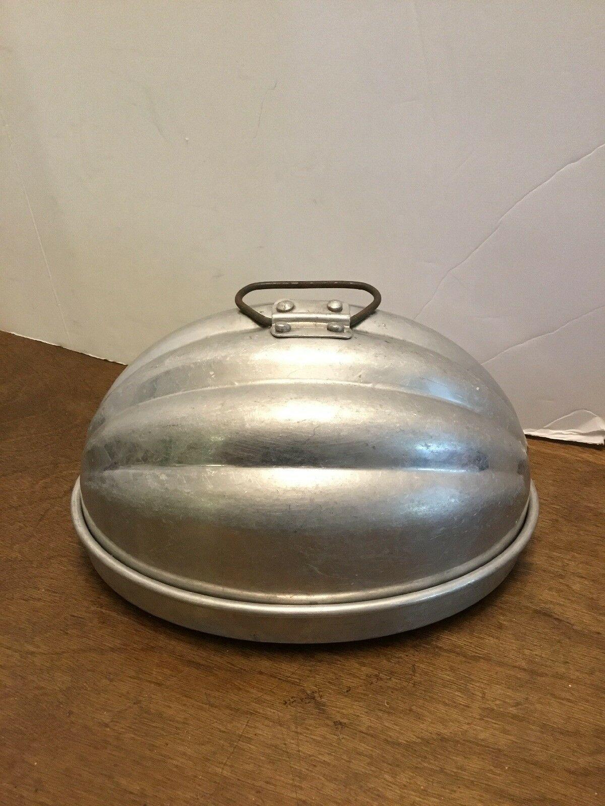 Vintage Aluminum WEAR EVER #110 Mid Century Melon Dessert Jello Mold Pan USA 7.5 - $12.00