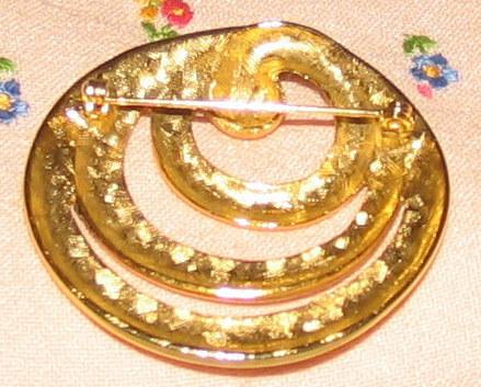 Vintage Goldtone Triple Circles Pin