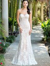 Luxurious Dazzling Strapless Sweetheart Lace Appliques Mermaid Wedding Dress image 2