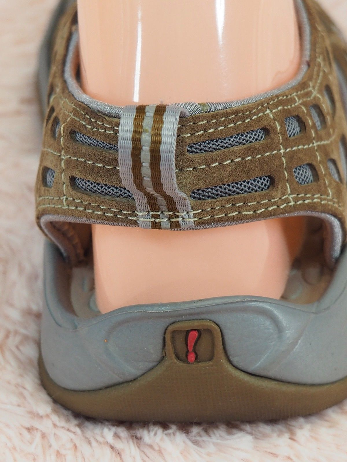 defbe29d39f PRIVO BY CLARKS Sport Sandals Fisherman Women s Size 9 1 2 Brown Suede Gray