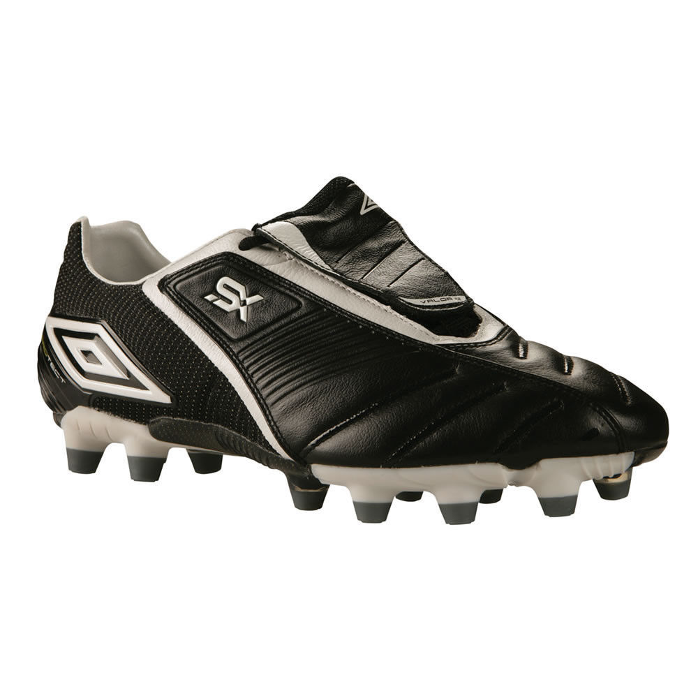 umbro soccer cleats