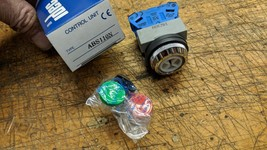 NEW IDEC ABS110N RED GREEN BLACK NO PUSH BUTTON SWITCH - $14.74