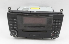 05 06 07 MERCEDES C230 C CLASS AM/FM RADIO CD PLAYER RECEIVER OEM - $94.04