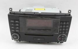 05 06 07 MERCEDES C230 C CLASS AM/FM RADIO CD PLAYER RECEIVER OEM - $94.04