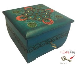 Peacock Chest with Key Polish Handmade Jewelry Box Wooden Keepsake - €37,79 EUR
