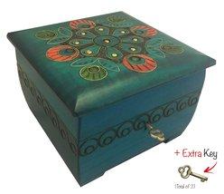 Peacock Chest with Key Polish Handmade Jewelry Box Wooden Keepsake - €38,09 EUR