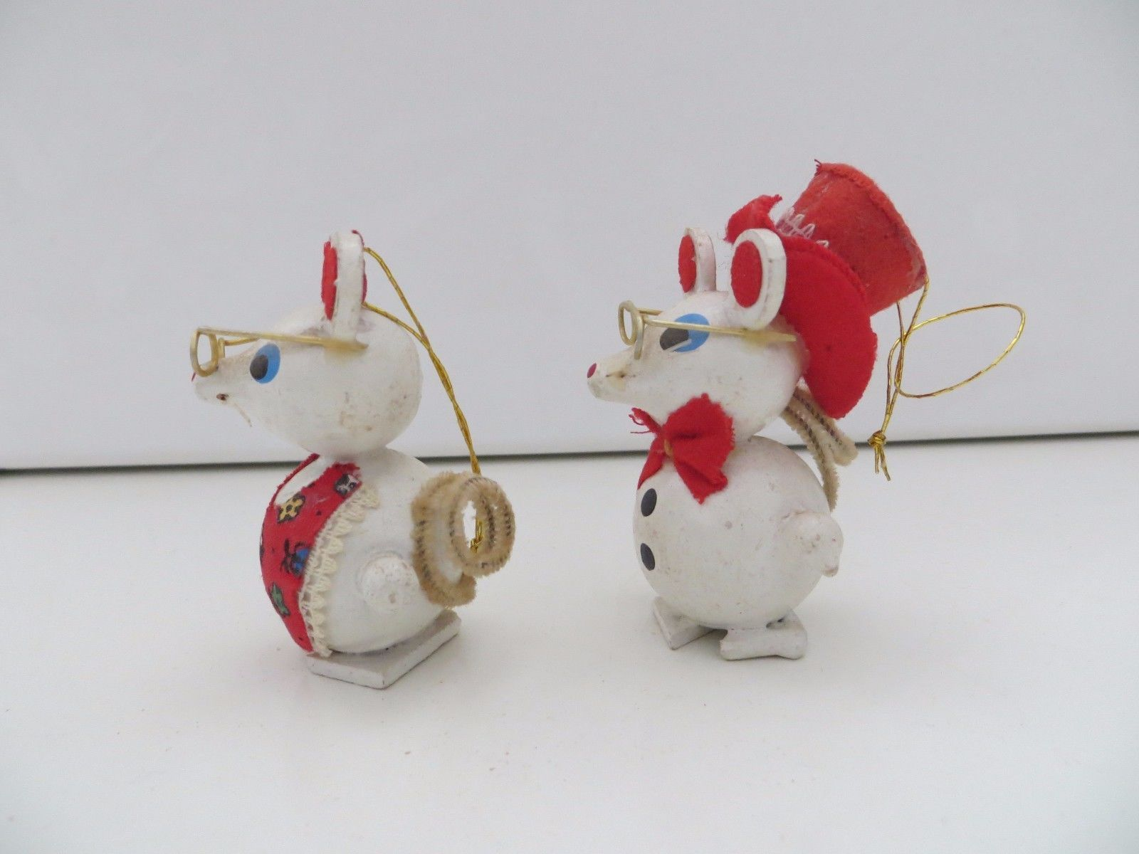 Lot of 2 vintage wooden mice mouse ornament glasses ...