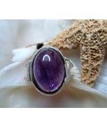 Amethyst_cabochon_ring_in_sterling_silver_1_thumbtall