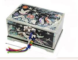 Mother of pearl wood  trinket jewelry box jewel case organizer crane bla... - €159,16 EUR