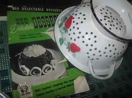 vintage WHITE ENAMELWEAR DECOR COLLANDER ++  DE... - $12.86