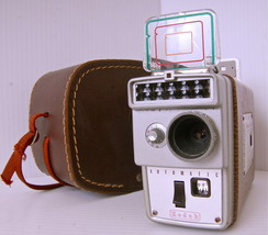 Kodak, Brownie Camera 8 mm with leather case, 1... - $37.06