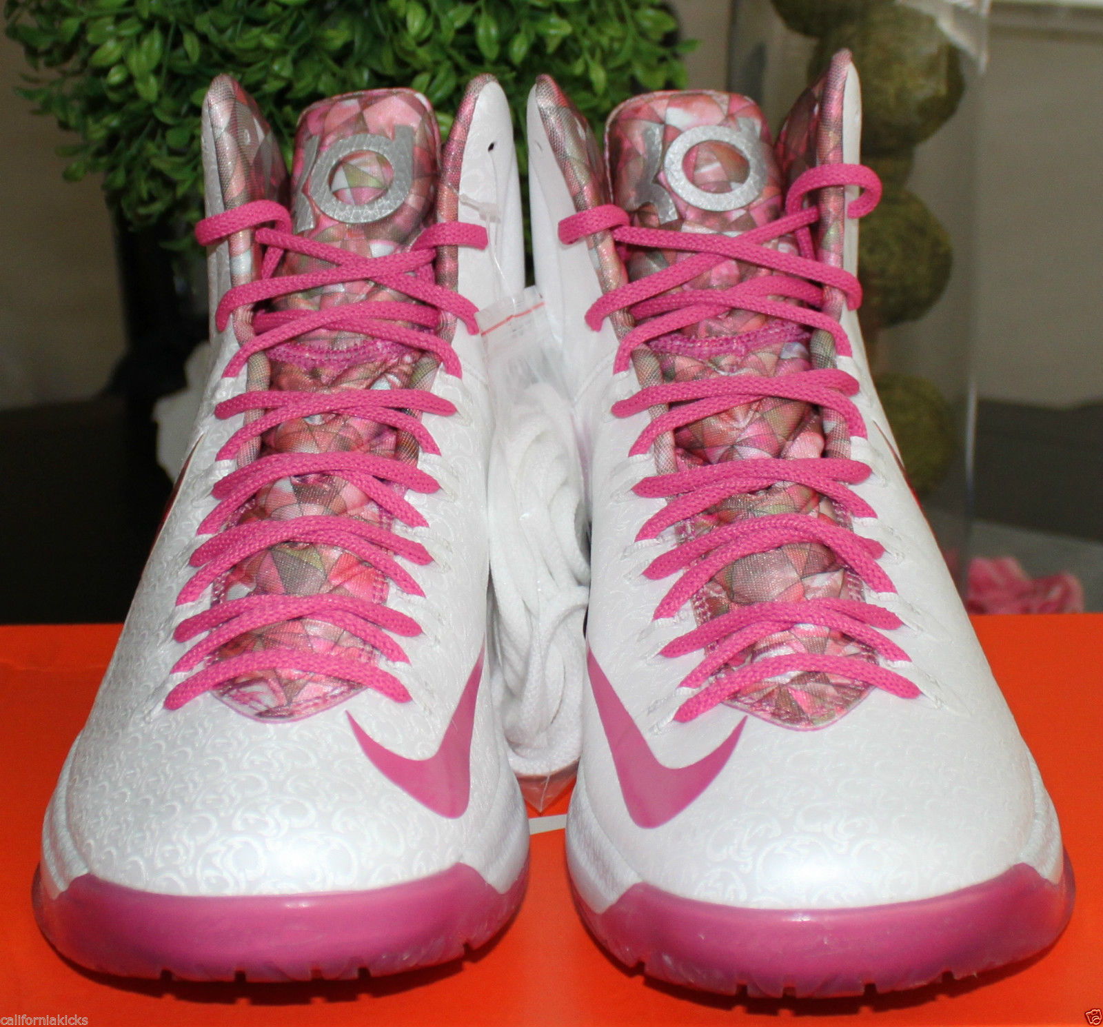 052f63dc05f7 NIKE KD V Premium sz 11 Aunt Pearl Edition Think Pink Breast Cancer  Awareness LE