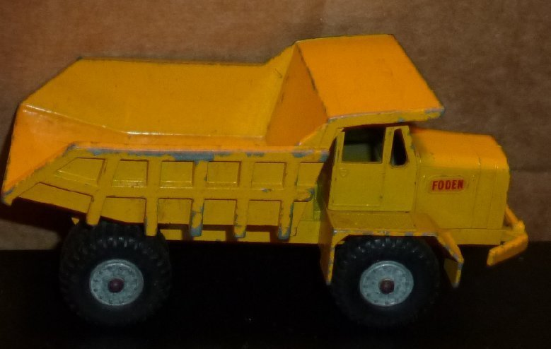 Vintage LESNEY Matchbox no 5 FODEN DUMPER TRUCK toy car king size