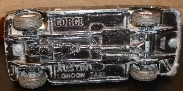 "Vtg CORGI  toy Car  AUSTIN LONDON TAXI 4.5"" long, made GT Britain"