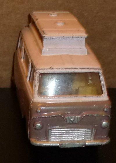 Vtg CORGI  toy Car FORD THAMES AIRBORNE Caravan 420 made GT Britain