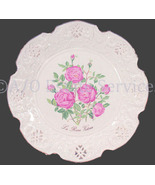 Crown Davenport  The Queen Victorian Rose Collector Plate - $34.99