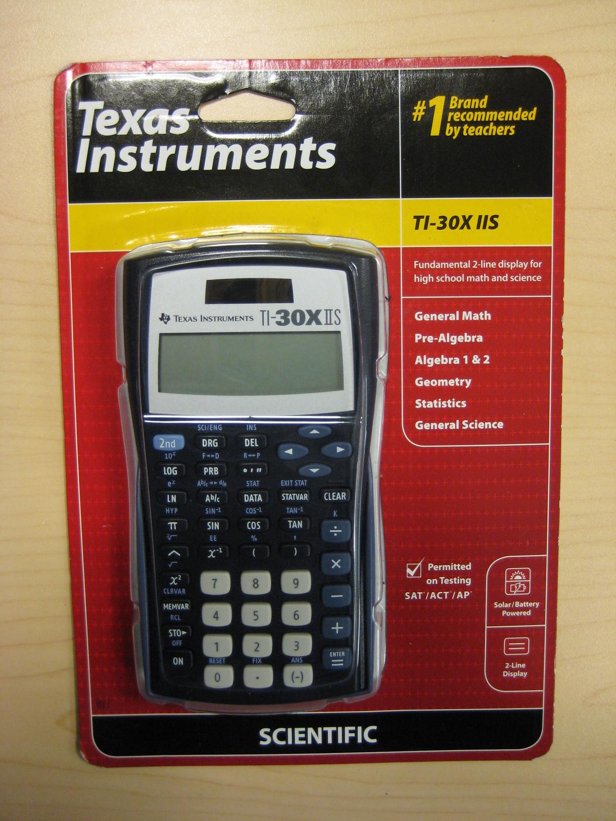 077. 077. Texas Instruments TI-30X IIS ...