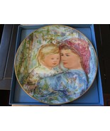 """Edna Hibel , Mother's Day Plate , 1991 , Michele and Anna , 8 1/2"""" , Gol... - $19.91"""