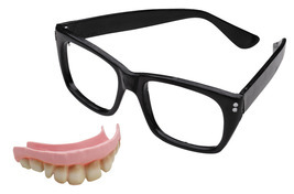 MASQUERADE AUSTIN POWERS TEETH/GLASSES HALLOWEEN COSTUME - $7.95