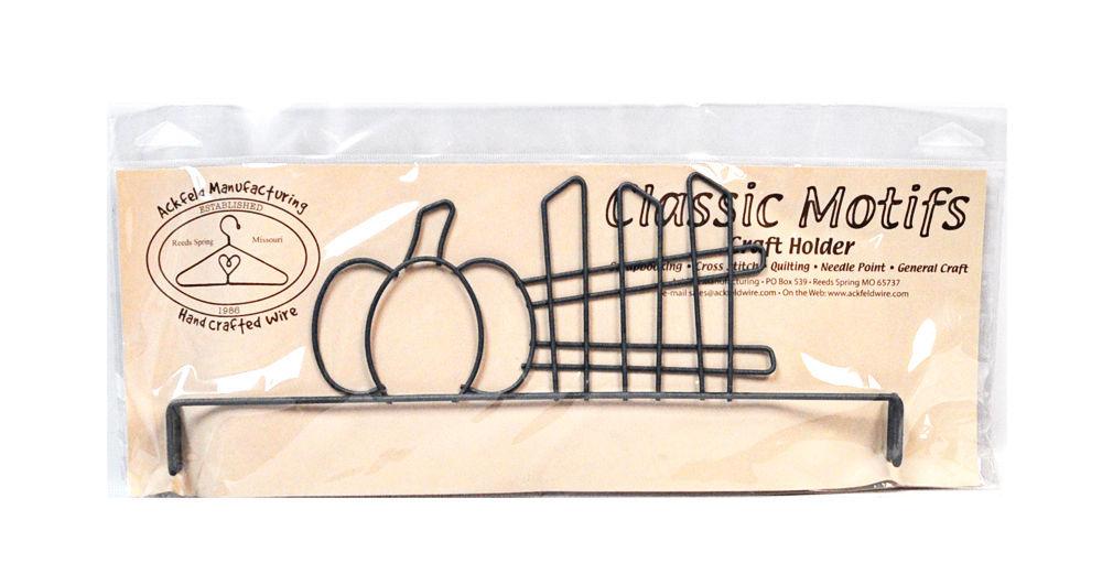 Classic Motifs Pumpkin & Fence 12 Inch Header
