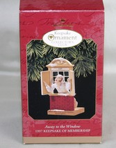 Hallmark Keepsake Away to the Window  1997 Ornament QXC5135 Collectors Club - $8.57