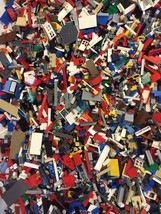 2 Minifigs + 2 POUNDS OF LEGOS Bulk lot 100% Le... - $25.83