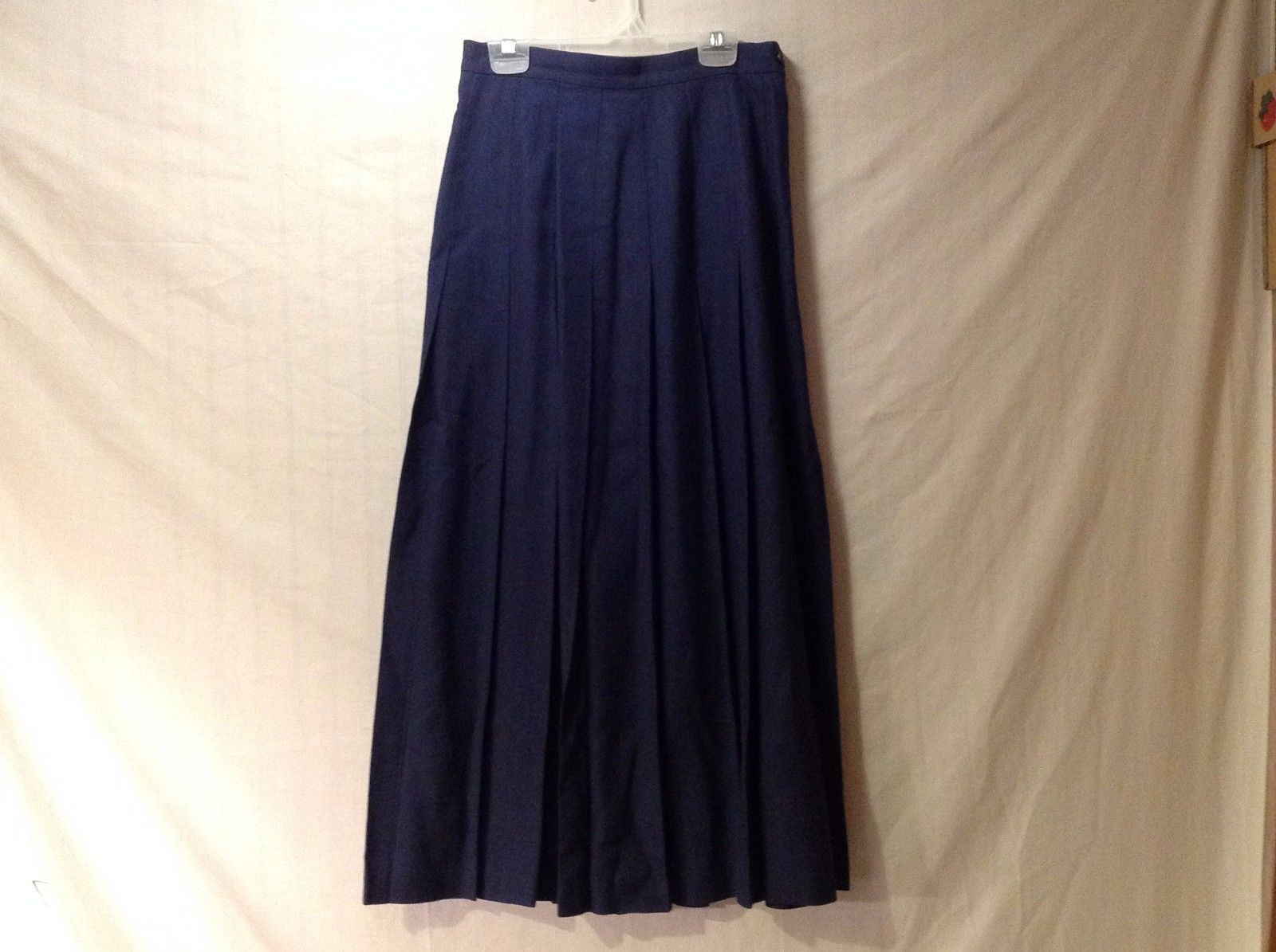 Women's Charter Club Long Navy Blue Pleated Skirt Size 6