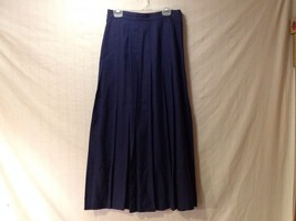 Women's Charter Club Long Navy Blue Pleated Skirt Size 6