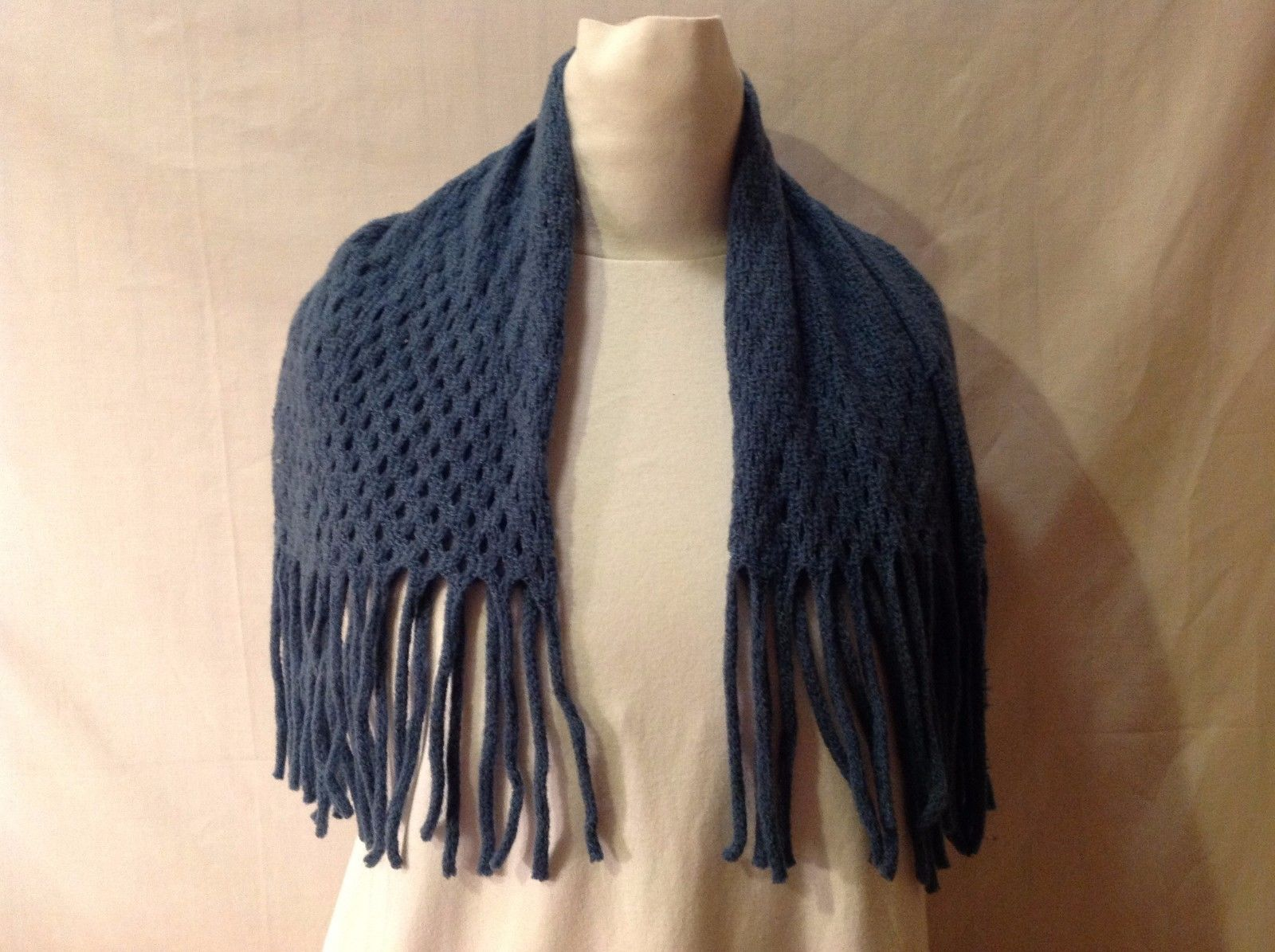 Warm Fashionable NWT New With Tags Wool Infinity Dickie Scarf Gray Blue Dark
