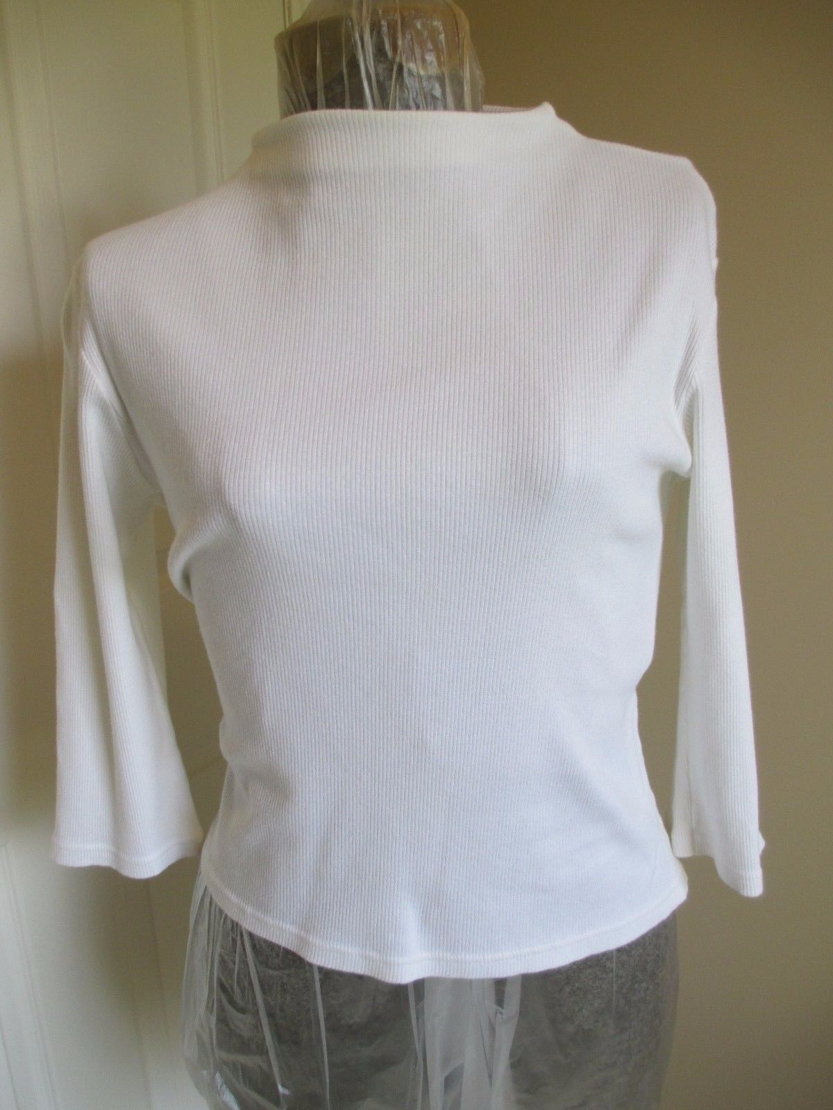 Crossroads White Knit Top Large Form Fitting ¾ Length Sleeves. - $10.39