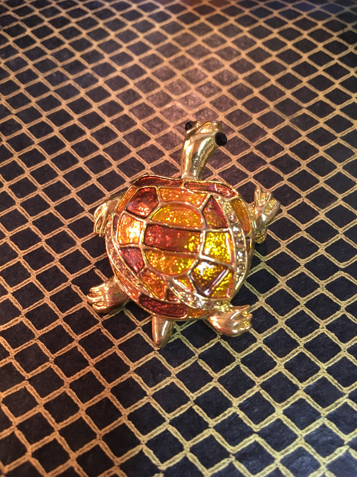 Beautiful vintage sea turtle nautical brooch