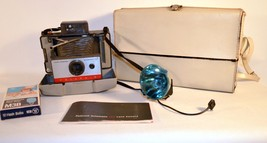 Vintage Polaroid Automatic 104 Land Camera with Manual M3 Bulbs Case and... - $34.65