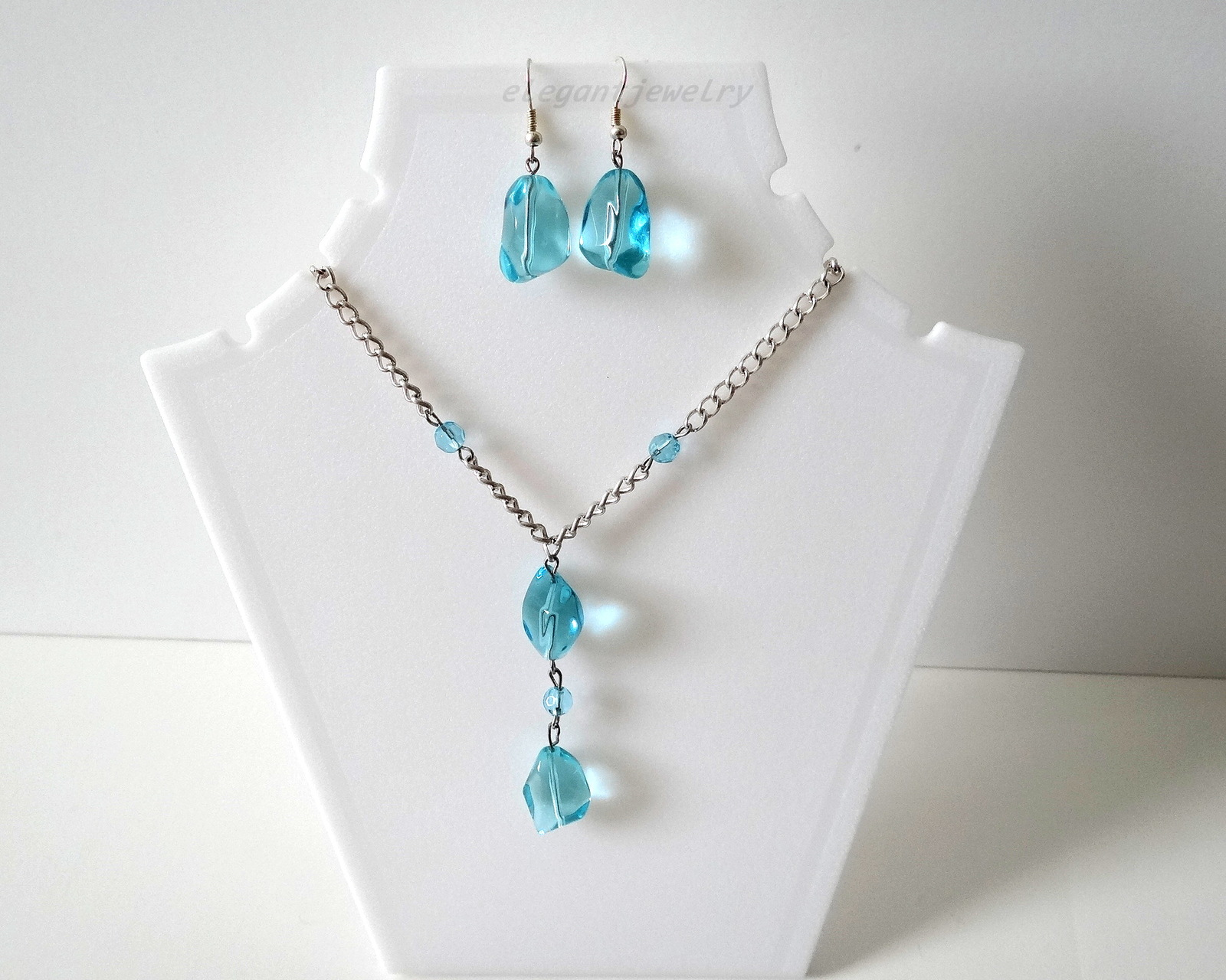 Primary image for AQUA BLUE CHAIN SET