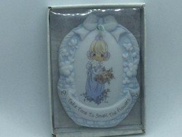 #128899 PRECIOUS MOMENTS EASTER SEALS COMMEMORATIVE ORNAMENT, BOXED - $14.75