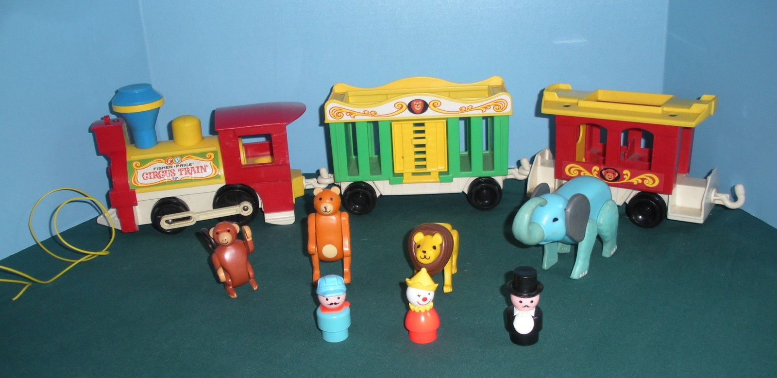 Vintage Fisher Price Play Family #991 3 Car Circus Train COMP/VG++--EXC! (P)