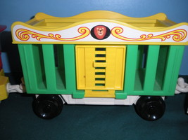 Vintage Fisher Price Play Family #991 3 Car Circus Train COMP/VG++--EXC! (P) image 4