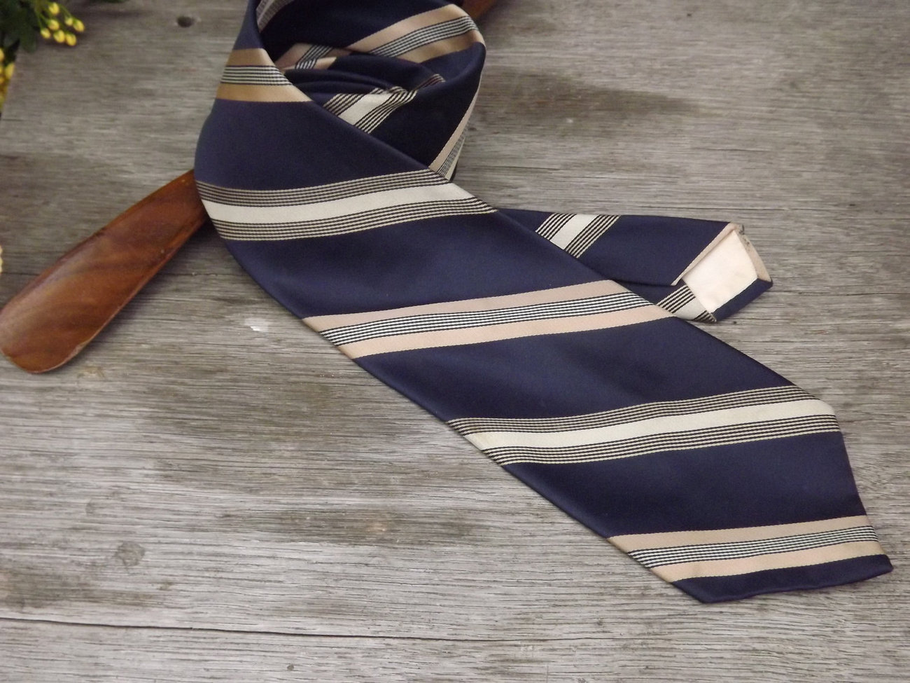 Vintage Tie / Designer Don Loper Beverly Hills Necktie / Navy Blue, Gold, and Kh