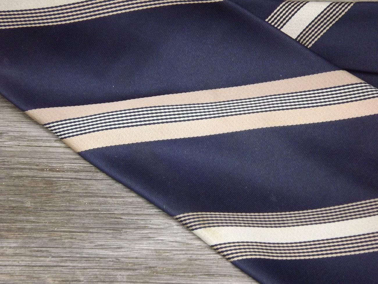 Vintage Tie / Designer Don Loper Beverly Hills Necktie / Navy Blue, Gold, and Kh