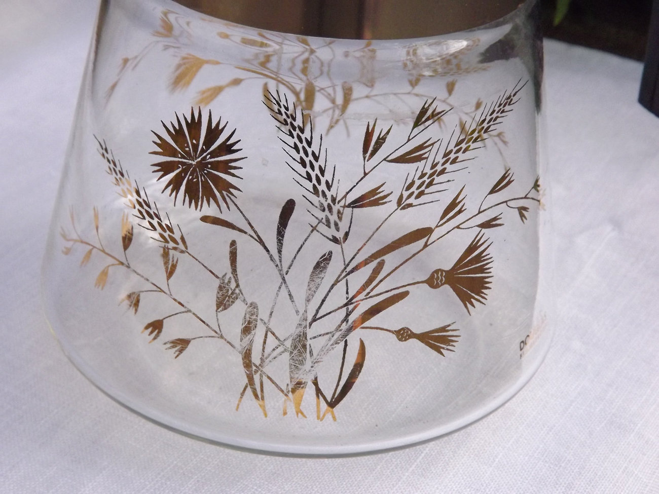 Gold Coffee Carafe, Large 6 Cup Beaker with Wheat Sprays