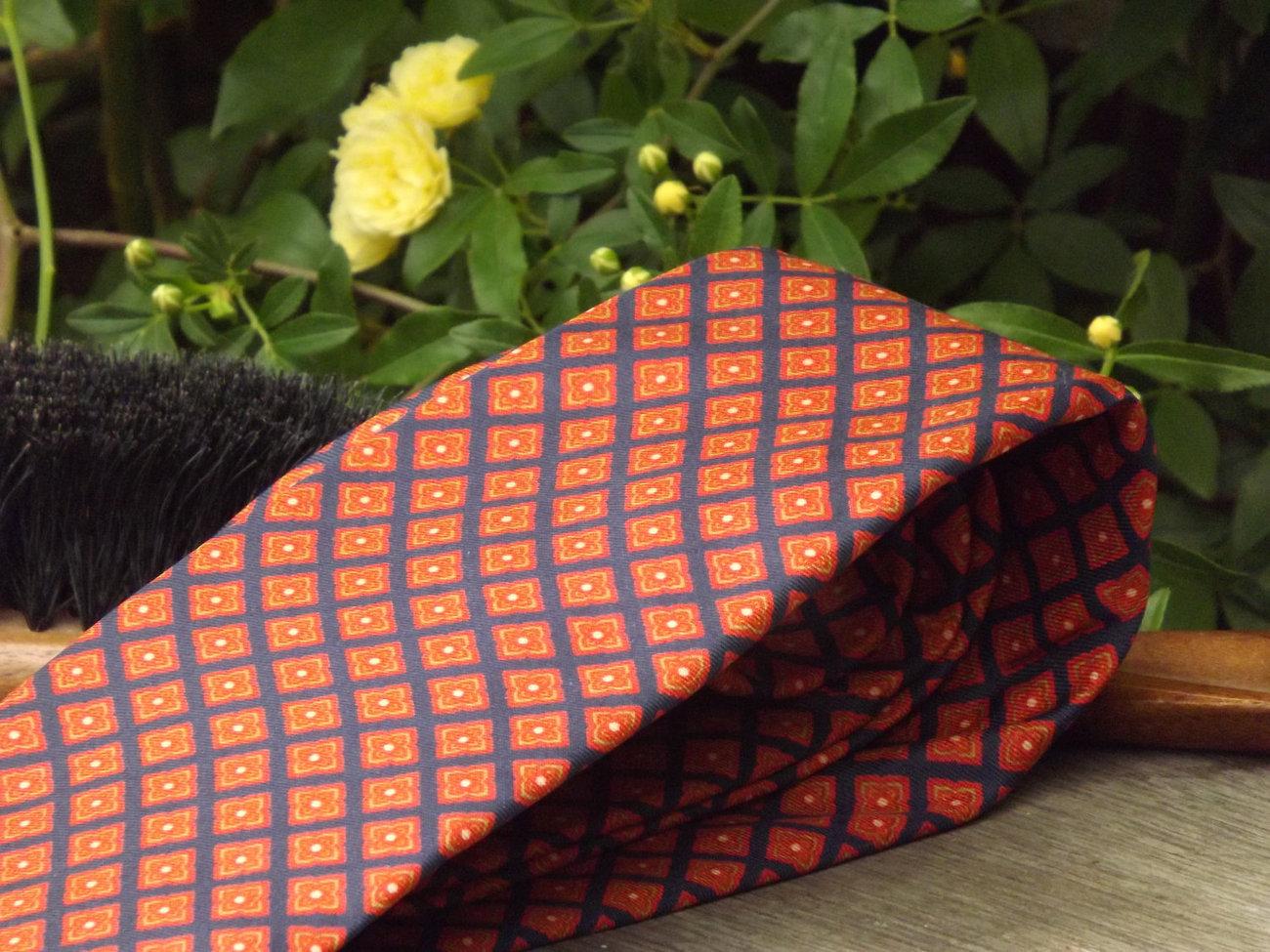 Vintage Tie / Designer Bert Pulitzer Necktie / Silk / Printed in England