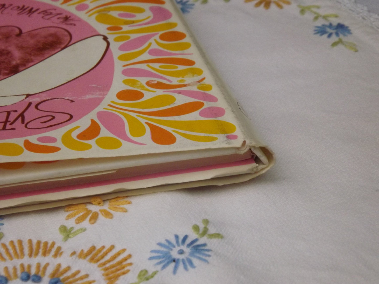 Childrens Book / Sybyll, The Dog who had all the Advantages / Vintage 1966 First