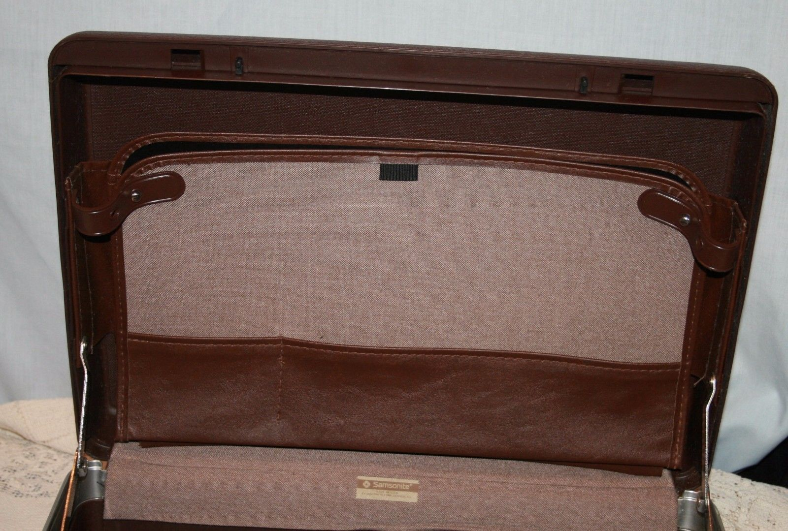 Samsonite Hard Shell Briefcase Attache Case NO KEY Brown Business