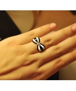 Lacquered Colorful Bowknot Cocktail Ring(Black and White ) - $6.99