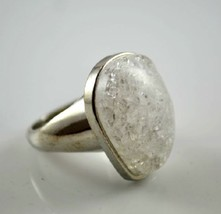 Special Crackled Crystal Silver Tone Women's Fashion Ring - $6.99