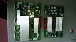 6MM33 MAGNAVOX 42MF237 NON-WORKING LCD TV TWO CIRCUIT BOARDS, LOTS OF CA... - $19.66